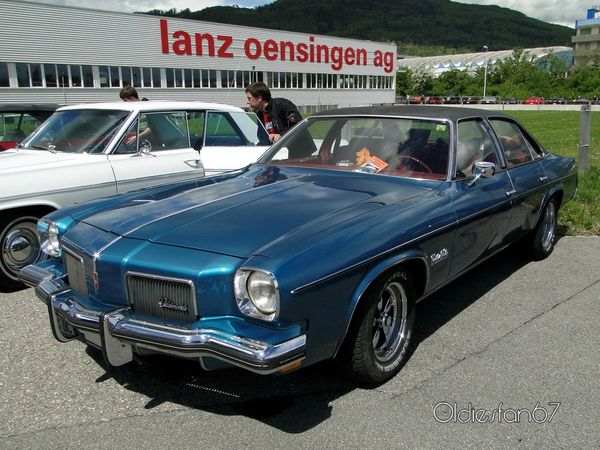 oldsmobile cutlass salon colonnade 4door sedan 1973 a