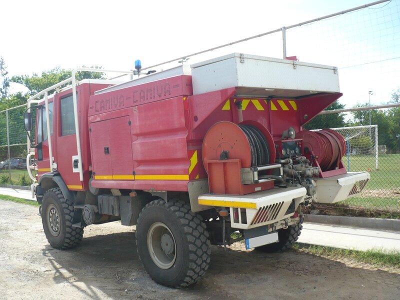 IVECO Eurocargo 140E24 camion de pompiers carrossé par Camiva La Saline les Bains (2)