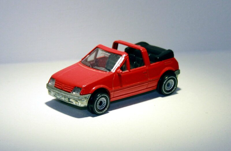 Peugeot 205 CTI (Siku) 01