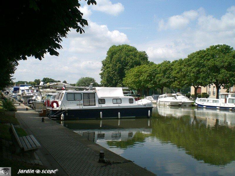 Au Port de Briare dans le Loiret