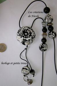 horloge_lentille_et_petits_trous640