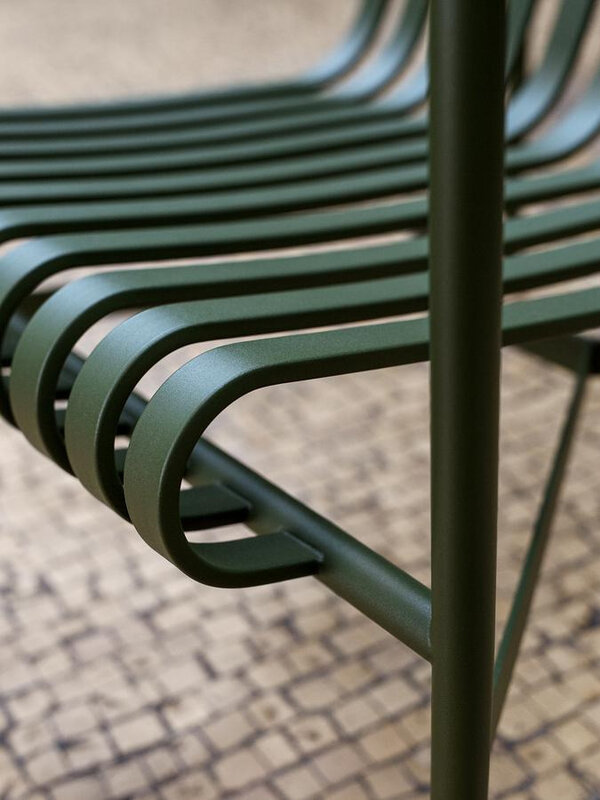 hay-palissade-lounge-chair-detail-01_zoom