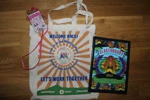 Glastonbury festival 2013 concours sac programme guide the Guardian