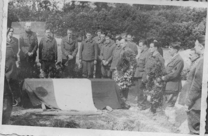 1940 Cérémonie militaire pour Jean Queffelec