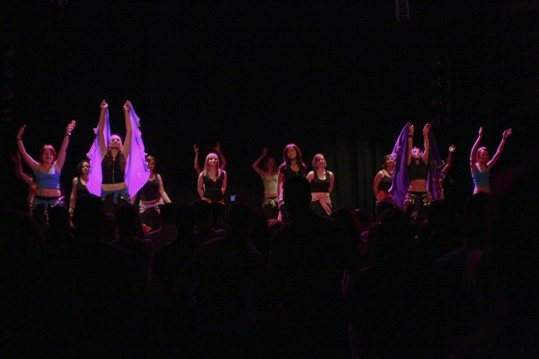 Atelier5-DanseOrientale-LeGrandMix-Quartiers2Lune2009-129