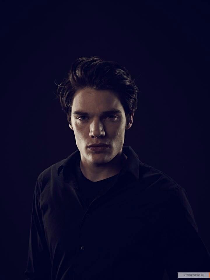 Christian Vampire Academy promo02