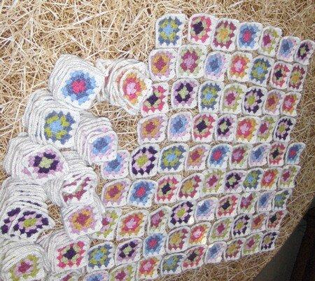 crochet_summer_patchwork_balbutiement_d_assemblage