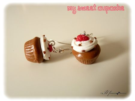 My_sweet_cupcake_fraise_amandes_boucles
