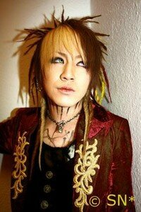 Gazette_Ruki_2