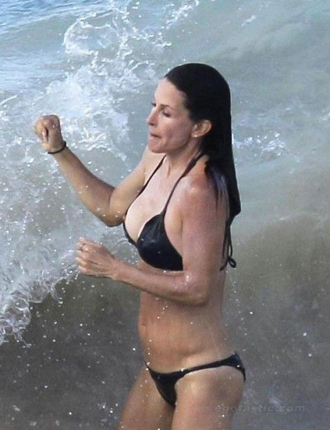 courteney cox oops