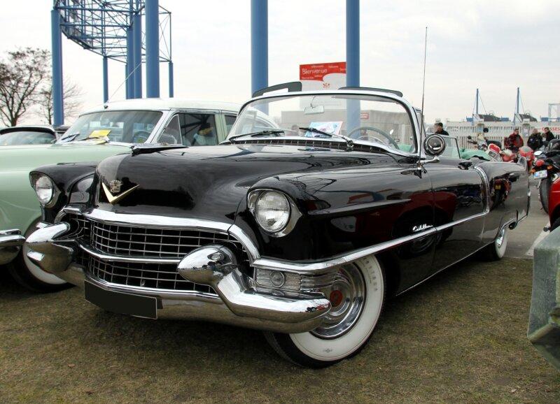 Cadillac series sixty - two convertible de 1955 (23ème Salon Champenois du véhicule de collection)
