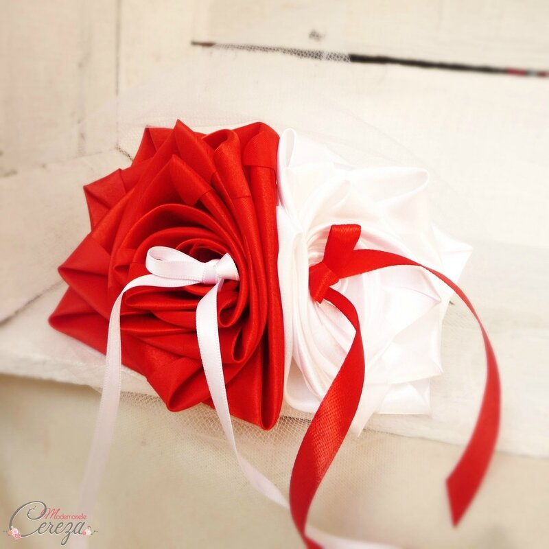 mariage-rouge-blanc-porte-alliances-original-amour-fidelite-melle-cereza-deco-1