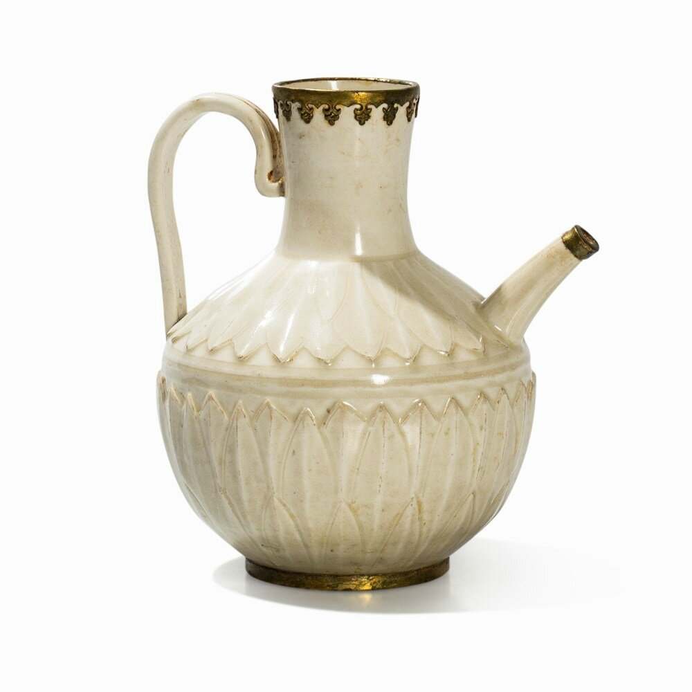 Dingyao Ewer with Gilt Mounting, Song-Jin dynasty (11th-12th century)