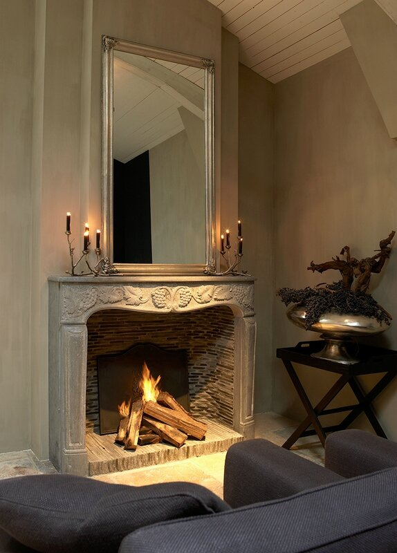 hand-carved-fireplace-3048