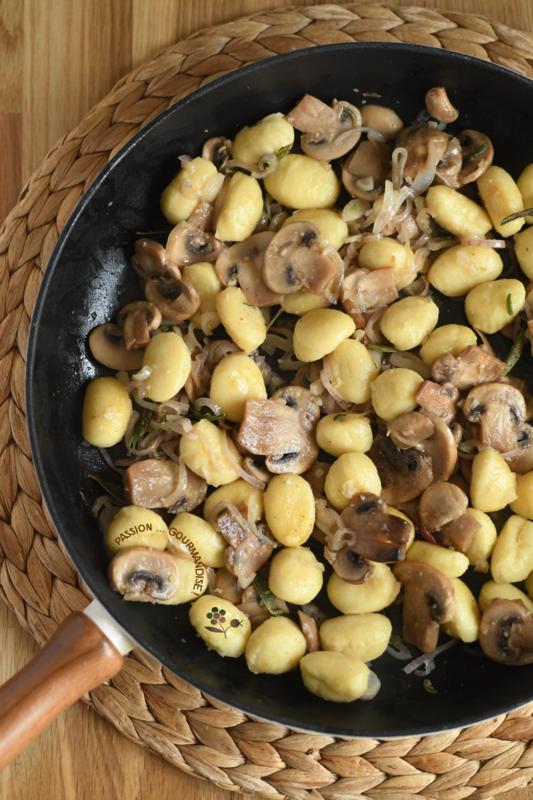 One skillet gnocchis, champignons, épinards, Ricotta, sauge_1
