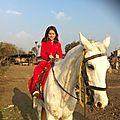 Jana à cheval