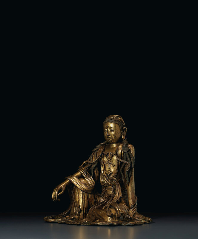 2020_NYR_19038_0810_004(a_very_rare_gilt-bronze_figure_of_white-robed_guanyin_china_ming_dynas020052)