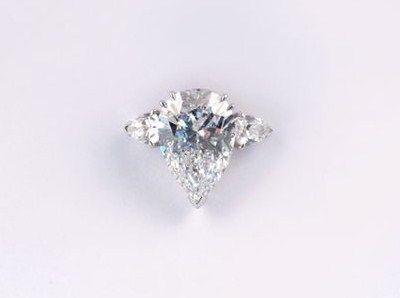 importante_bague_diamants_en_or_blanc_131011258659031