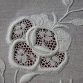Rose_en_broderie_de_Touraine_2