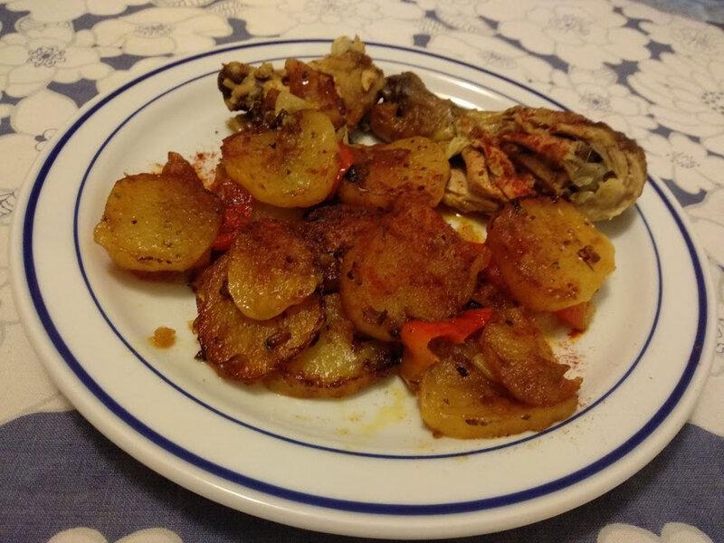 Pommes de terre et poulet en marinade aux paprikas - Patatas y pollo en adobo al pimentón