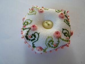 Biscornu avec rose et spirale (6)