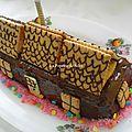 Une maisonnette en chocolat pour mes gourmands :) (cake 8/8 aux pommes )