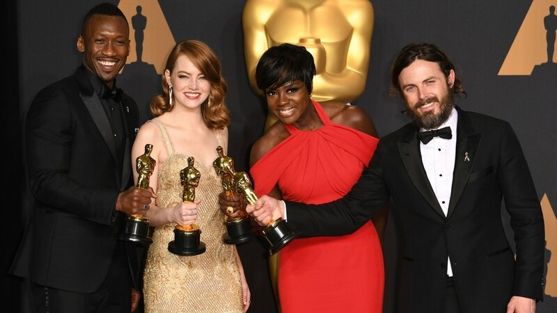 Mahershala Ali (Moonlight), Emma Stone (La la land), Viola davis (Fences) et casey Affleck (Manchester by the sea)