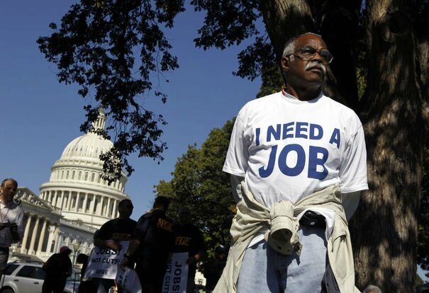 61671_mervin-sealy-from-hickory-north-carolina-takes-part-in-a-protest-rally-outside-the-capitol-building-in-washington