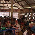 Déjeuner dans un maquis au Burkina