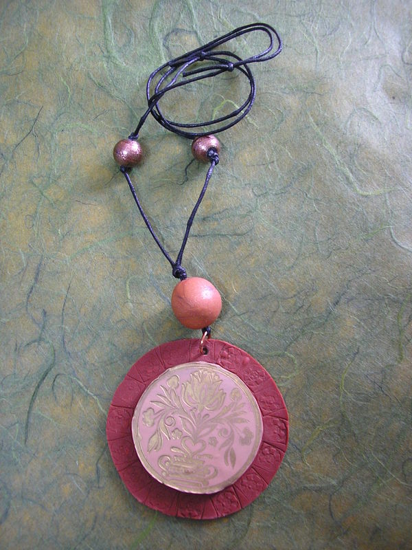 collier fimo rond