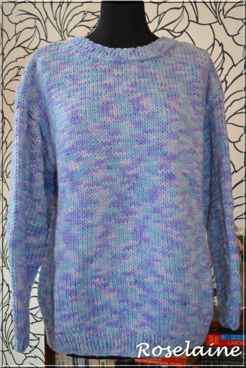 Roselaine 011 blue sweater