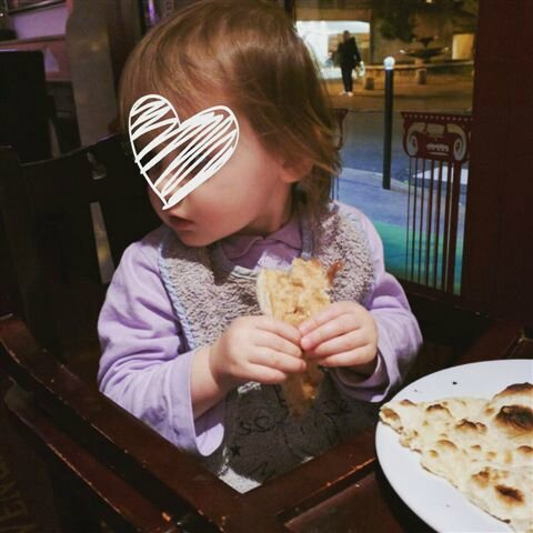 TinyFairy et le naan ©Kid Friendly