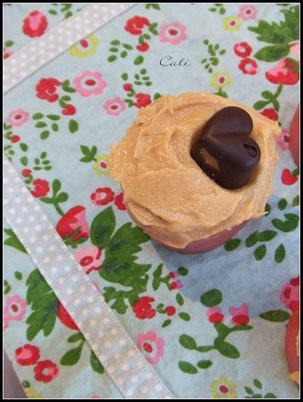 Reese's Cupcakes 003