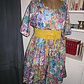 Robe RAYMONDE en coton imprimé kaléidoscope - manches raglan courtes - longueur genoux - taille unique (8)