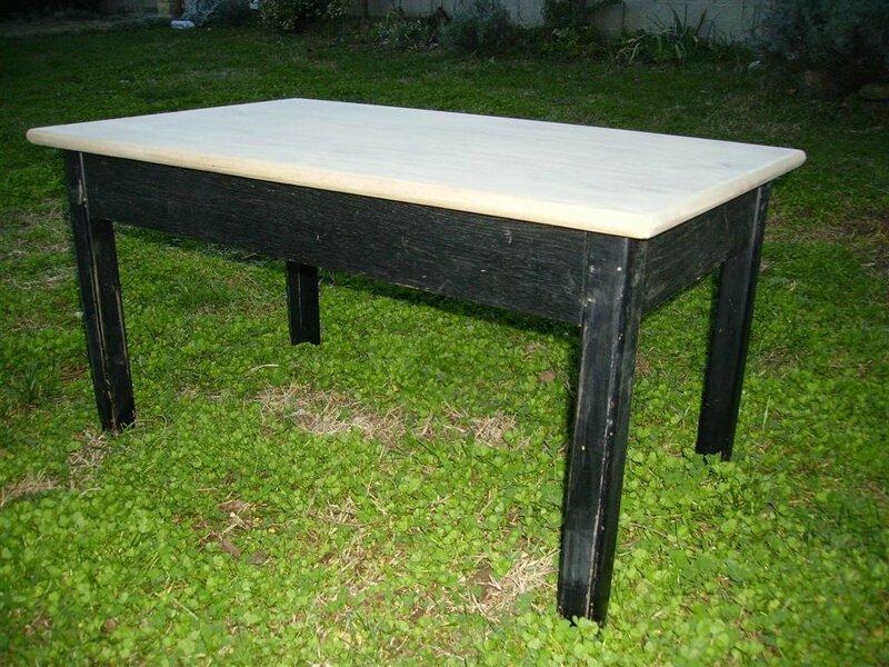 table de salon et chevet inspiration nordique. Black Bedroom Furniture Sets. Home Design Ideas