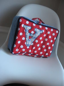 VALISE_ROUGE_A_POIS_001
