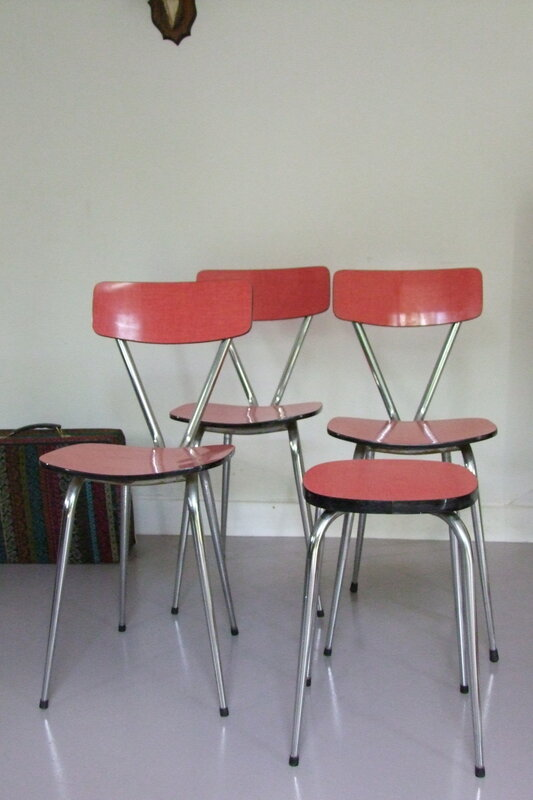Chaises_formica