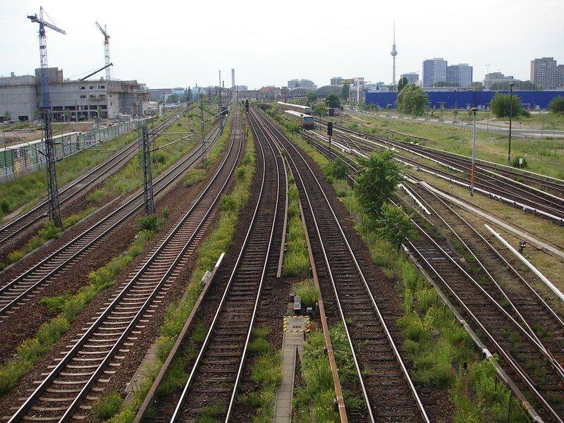 voies DB et S-Bahn (Warschauer Strasse)