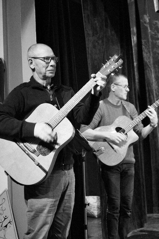DDC CROSSAC guitaristes1NB
