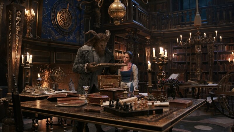 beauty-and-the-beast-movie-image-dan-stevens-emma-watson