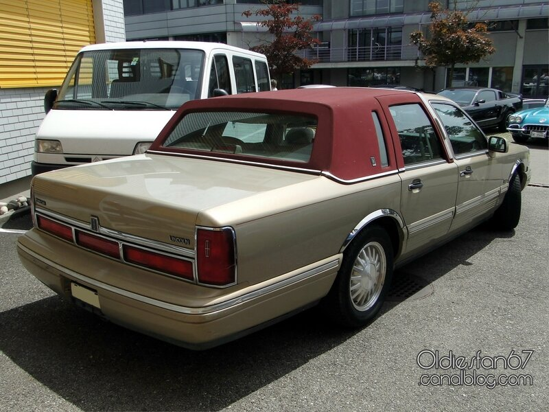 lincoln-town-car-cypress-edition-1996-02