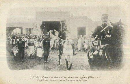 Oujda_d_fil__zouaves_1907
