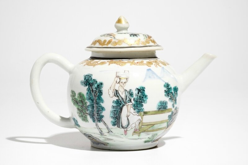 a-chinese-famille-rose-teapot-and-cover-with-erotical-design-qianlong-3