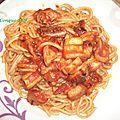 Spaghettis au calamar et sauce tomate- recettes de enzo