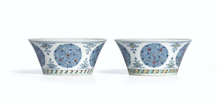 A pair of doucai 'Floral' bowls, Seal marks and period of Daoguang