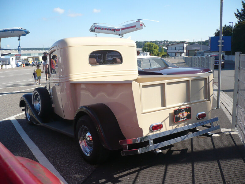 INTERNATIONAL HARVESTER C-1 2door pick-up Sinsheim (2)