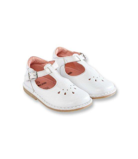 d51f0913a5a5a Test produit  Chaussures Jacadi vs Okaïdi - Fémin in et Maman