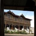 La luxueuse Villa du logeur du poète démuni...