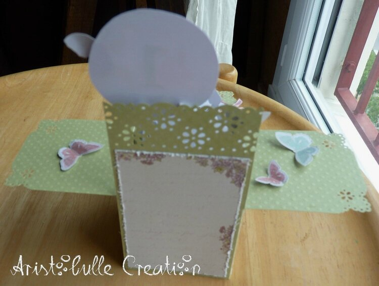 Card-in-a-box anniversaire lapin - dos