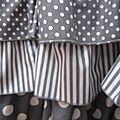 Robe champêtre en lin blanc orné de 4 volants de coton gris et blanc pois ou rayures (10)